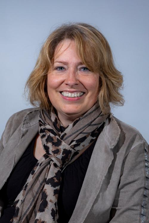 Monique van der Hart